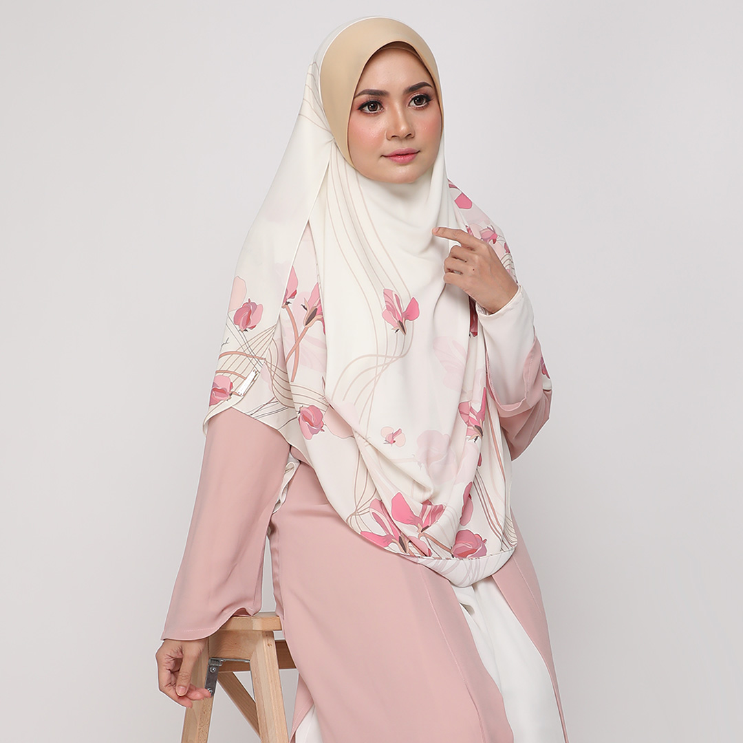 Attractive flower with Instant Big Awning <br> Now RM 54.70 | <s>Normal Price RM 105</s>
