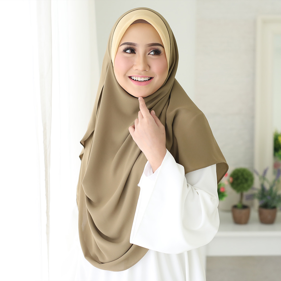 Basic Bawal Shawl <br> Now RM 39.00 | <s>Normal Price RM 55</s>