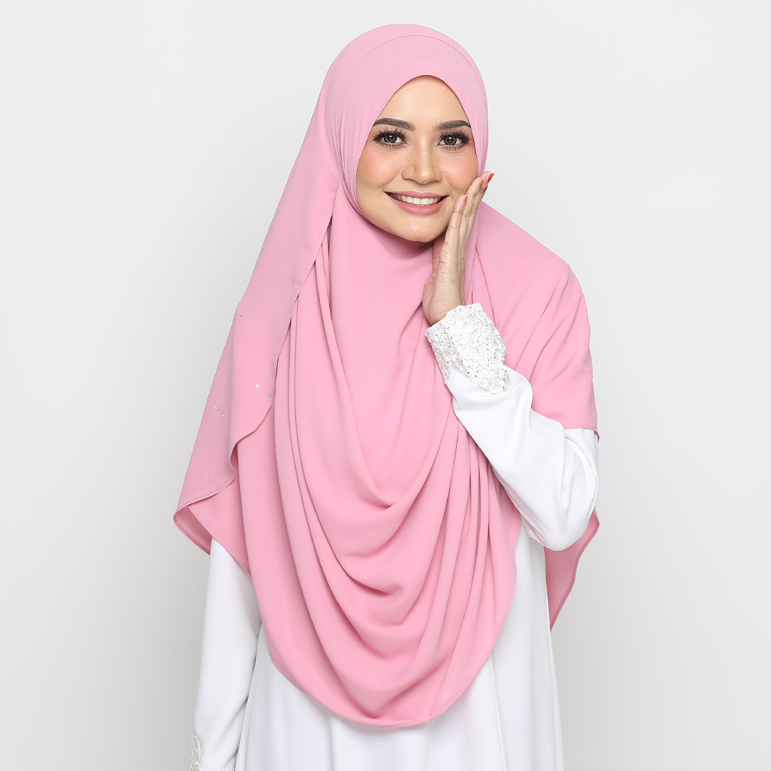 Simple but nice with Basic Swarovski <br> Now RM 45.00 | <s>Normal Price RM 79</s>
