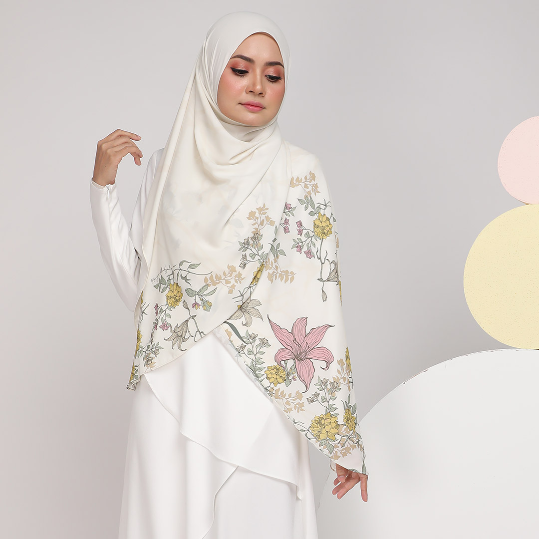 Look stylish with Classic Printed <br> Now RM 55.00 | <s>Normal Price RM 89</s>