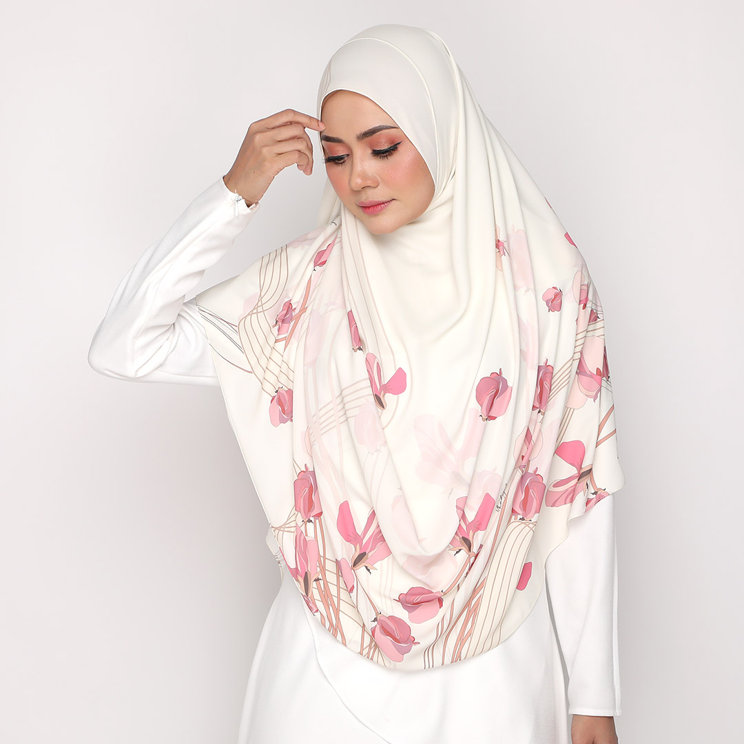 Look stylish with Instant Basic Printed <br> Now RM 44.55 | <s>Normal Price RM 99</s>