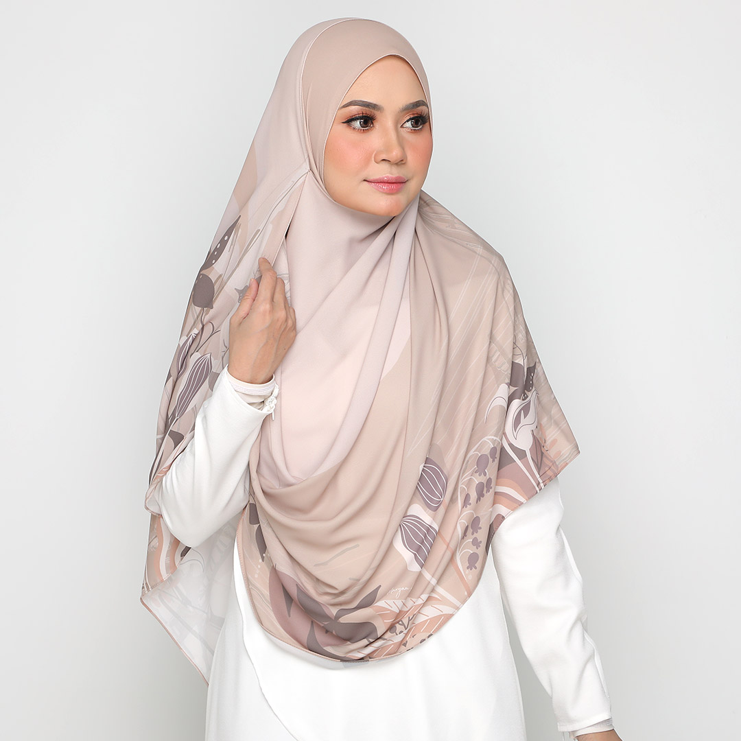 Look stylish with Classic Printed <br> Now RM 44.50   <s>Normal Price RM 89</s>