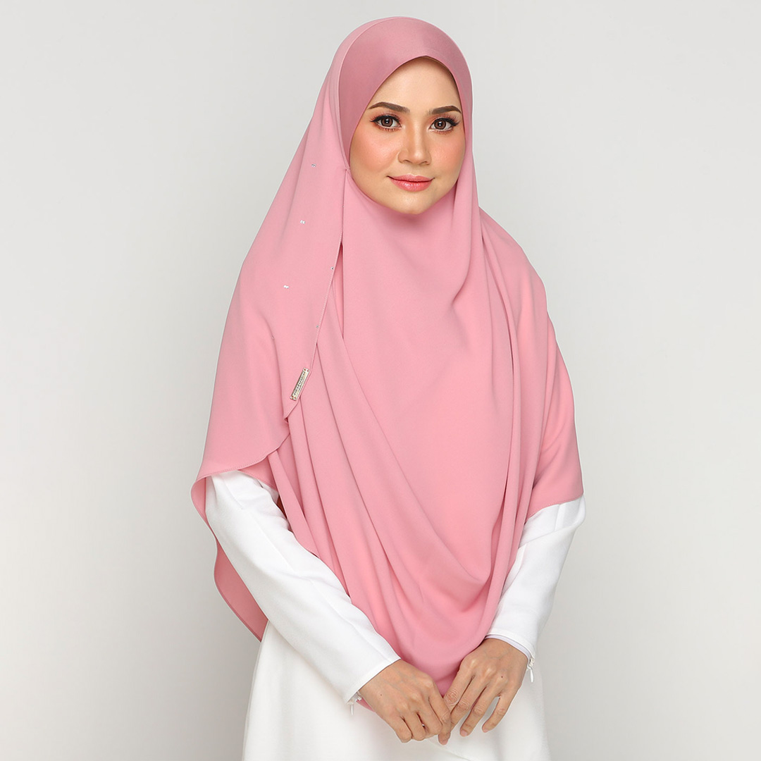 Be muslimah with Big Swarovski Awning Scuba<br> Now RM 50.00 | <s>Normal Price RM 85</s>